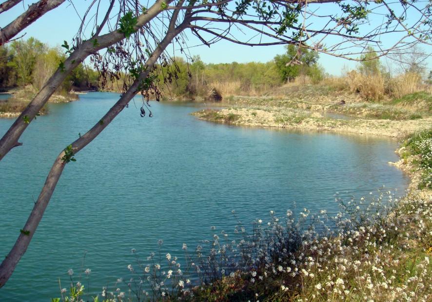 Lago-di-Serranella