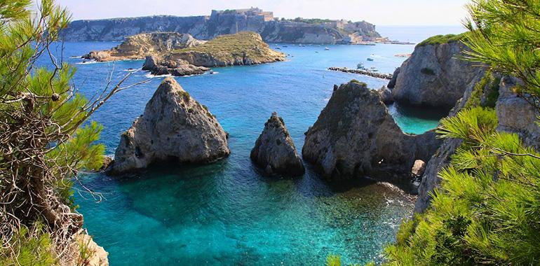 """Le isole tremiti """"LE PERLE DELL'ADRIATICO"""""""