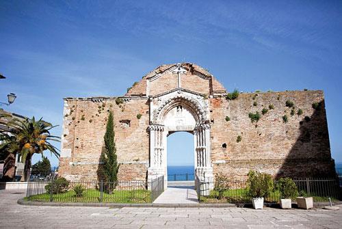 Portale-di-San-Pietro