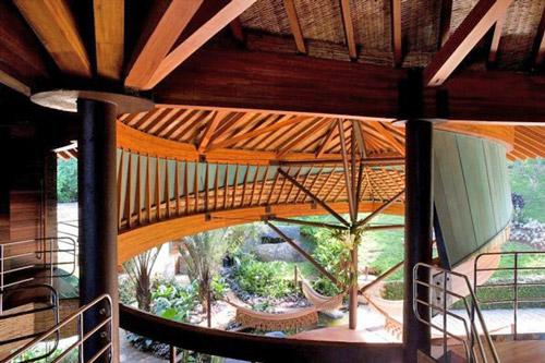 wooden-villa