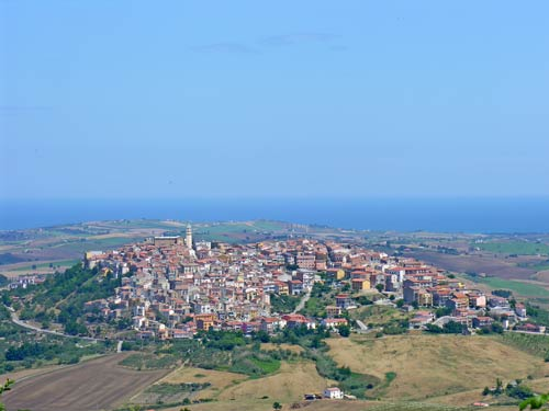 Montenero-of-Bisaccia-view-islands-Tremiti