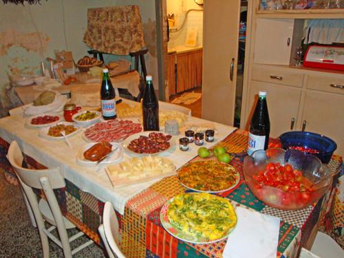 Treglio-interior-home-foods-typical-Abruzzo