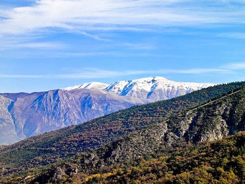anversa-mountain-landscape-Abruzzo-Italy