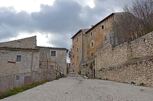 Borgo-Roccacalascio-Italy