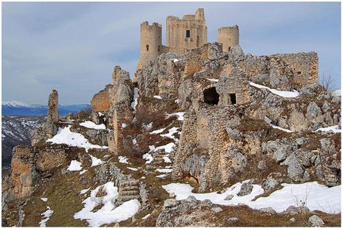 Castello-rocca-calascio-abruzzo