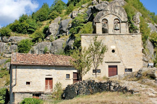 Church-Madonna-Tibia-Crognaleto-Italy