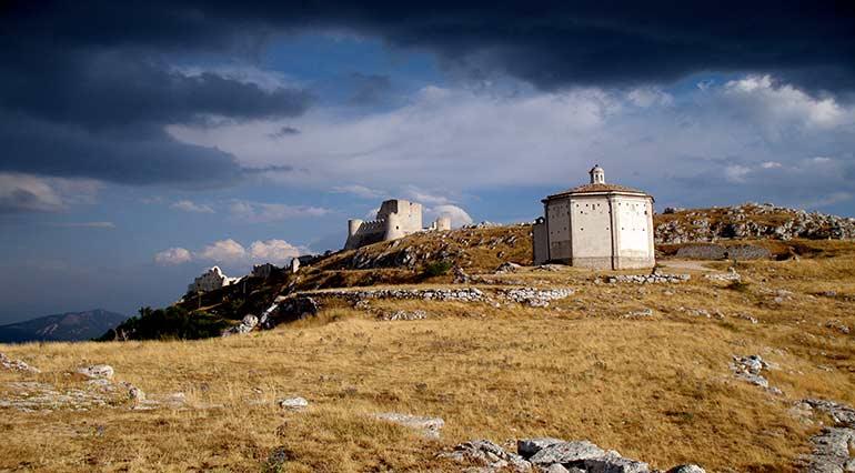 Il castello Rocca Calascio Abruzzo