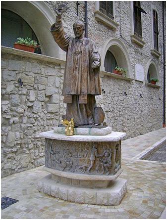 San-Francesco-Caracciolo-villa-santa-maria-Italy