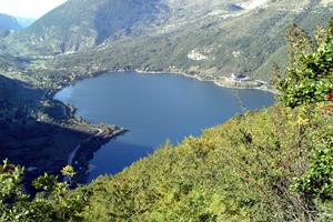 lago-Scanno-Abruzzo