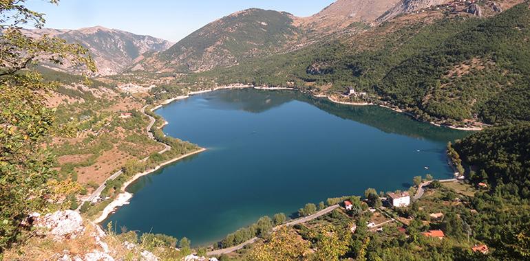 Lago di Scanno, Abruzzo, Italia