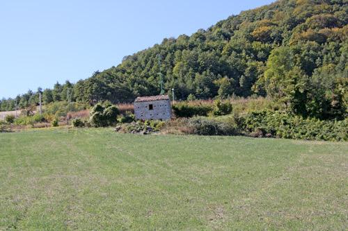 Casa-in-pietra-da-ristrutturare-a-Pietrabbondante