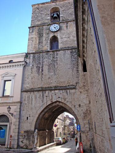 Torre-campanaria-Isernia