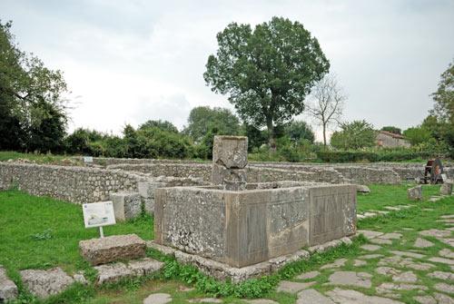 Saepinum-Fontana-Grifo-Sepino