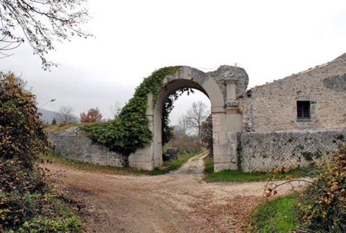 Sepino-Molise-cinta-muraria