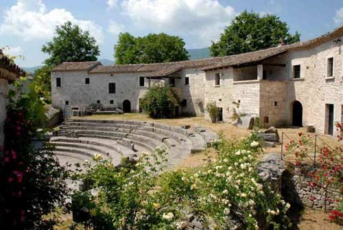 Teatro-Saepinum-Sepino-Campobasso