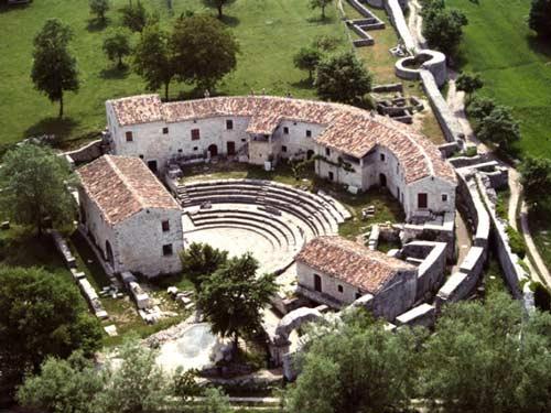 Teatro-Saepinum-Sepino
