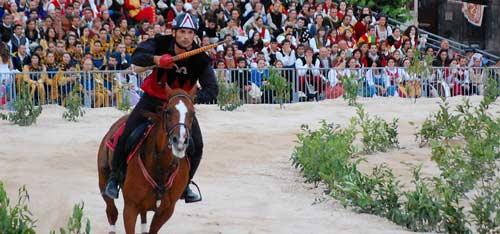 Giostra-cavalleresca-di-Sulmona-cavaliere