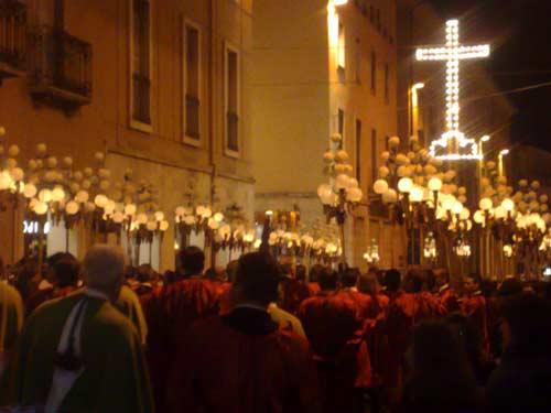 riti-della-Settimana-Santa-sulmonese-coro-trinitario
