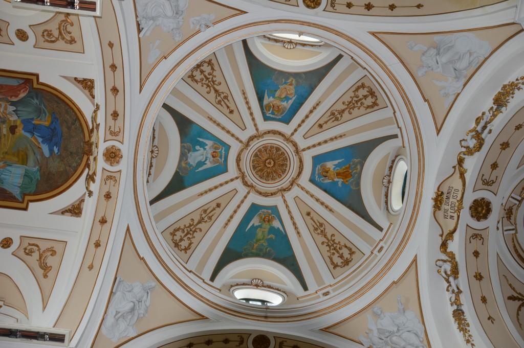 Affreschi-chiesa-san-valentino-Palmoli-Chieti
