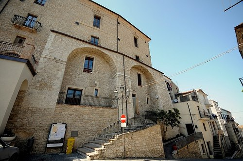Palmoli, palazzo Marchesale