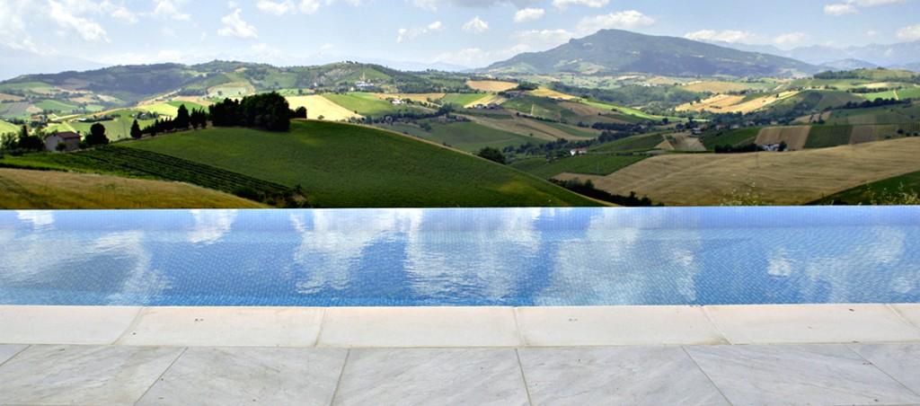 piscina-da-realizzare-infinity