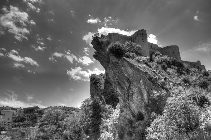 roccasalegna-ch-abruzzo-castello
