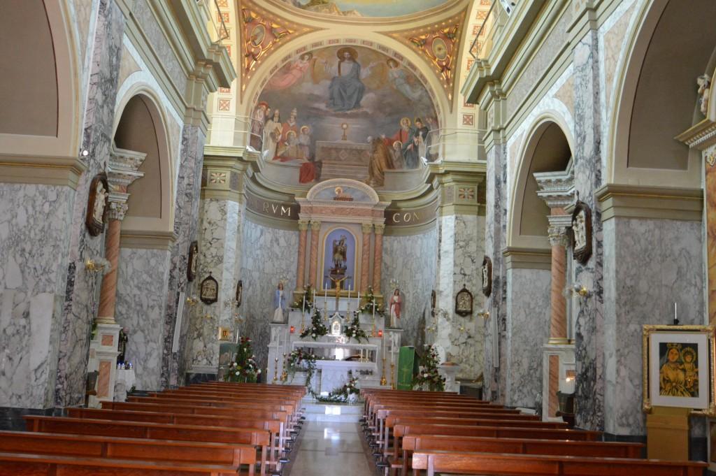 Roccaspinaveti-interno-chiesa