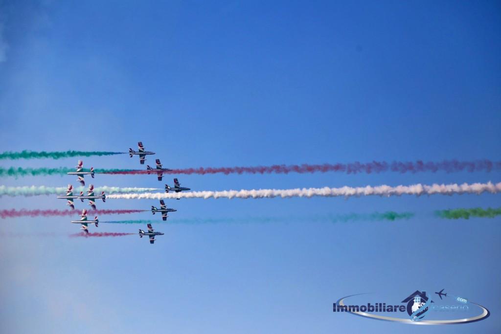 frecce-tricolori-areonautica-militare-esibizione-vasto