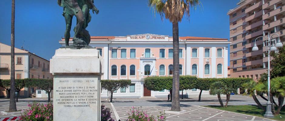 piazza-monumento