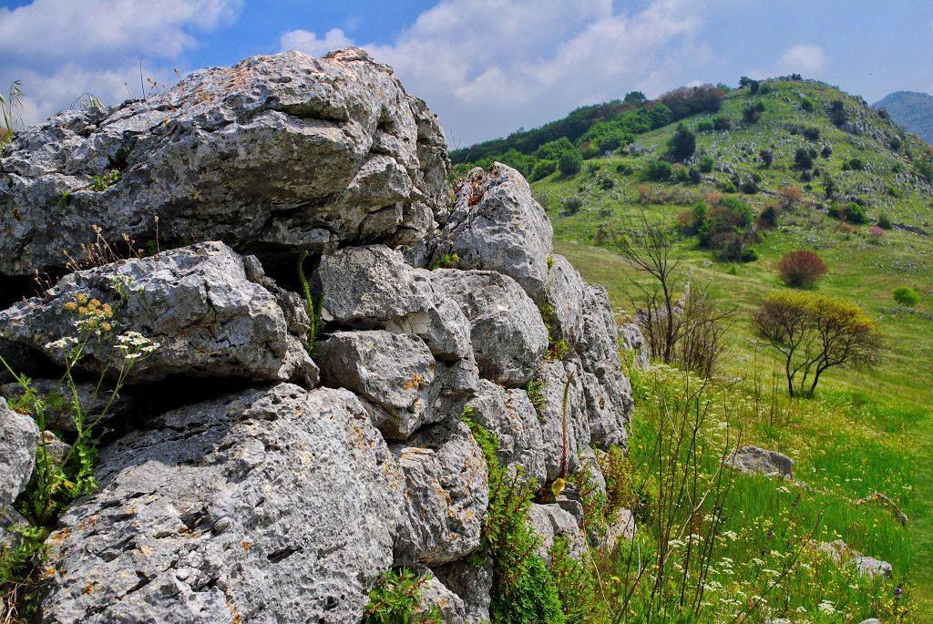 vairano-patenora-mura-megaliriche-su-monte-s-angelo