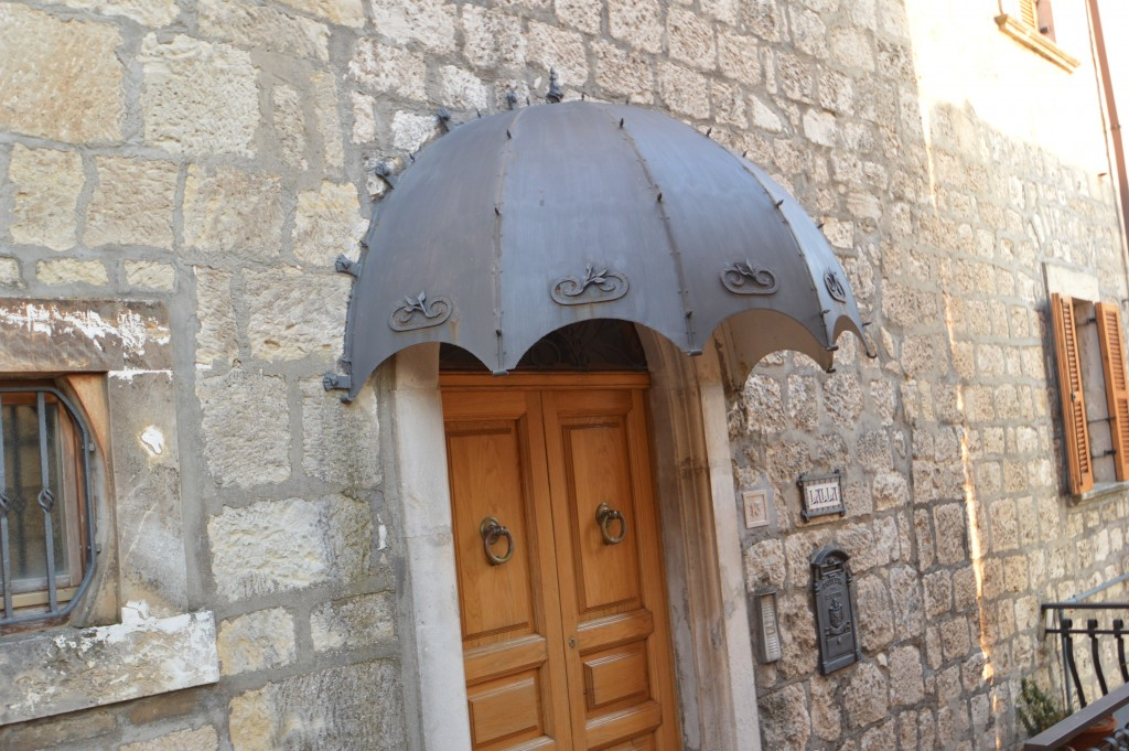 Antico-portale-Fresagrandinaria-Abruzzo