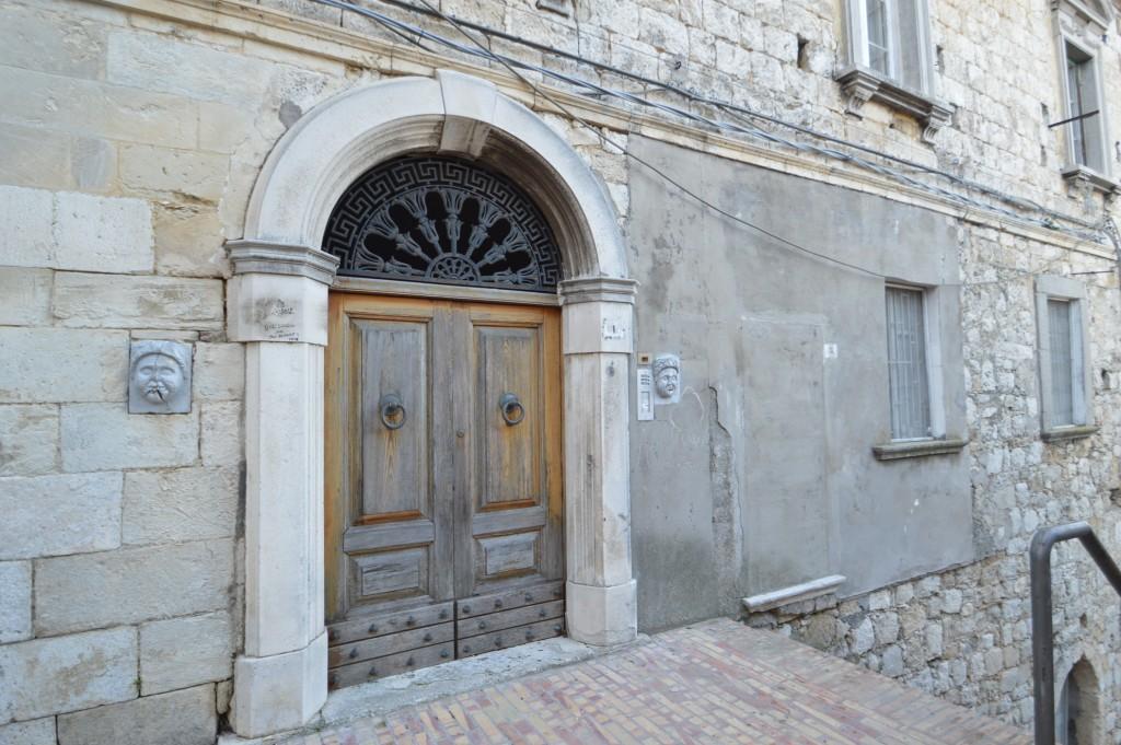 antico-portale-Fresagrandinaria-Chieti-Abruzzo