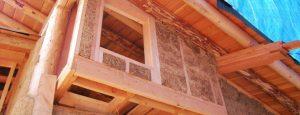 Casa in paglia e legno a vista